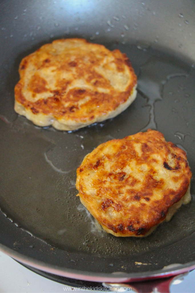 how-to-make-banana-fritters-2