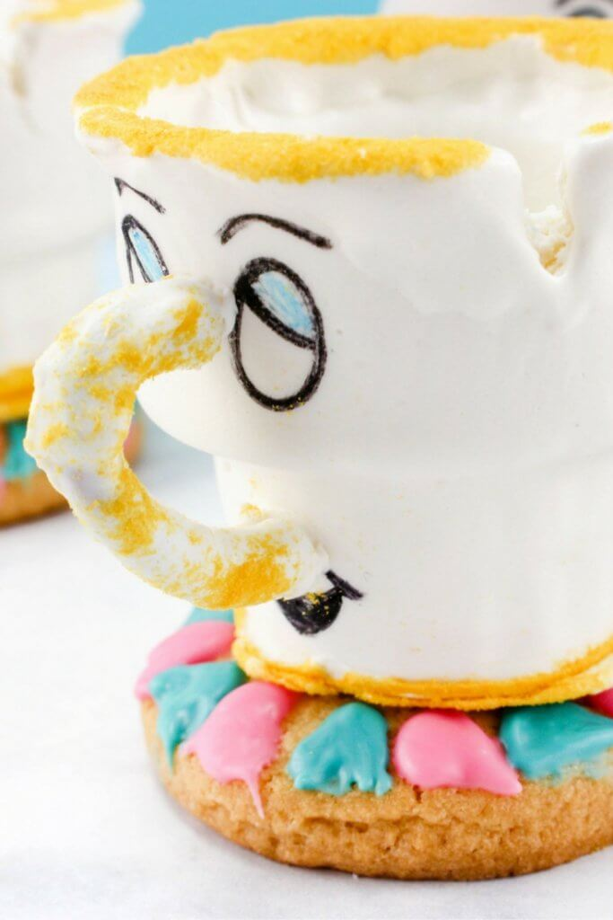 Perfect for a Beauty & the Beast birthday party! These Chip teacups are not only adorable, they're edible! A creative kids dessert that everyone will love.
