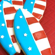 """Surfin' USA"" Patriotic Surfboard Cookies"