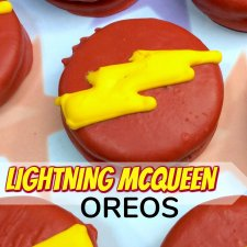 Lightning McQueen Oreos (Inspired by Disney Cars)