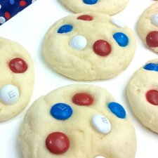 Super Fluffy 4th of July Cake Mix Cookies