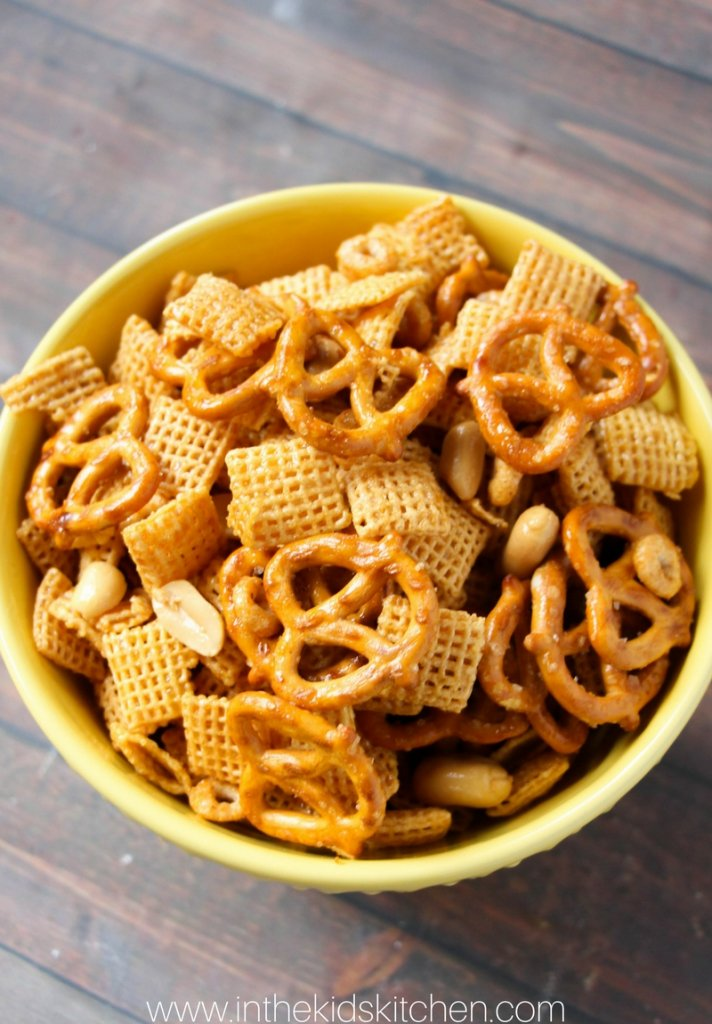 Honey glazed crockpot chex mix in the kids kitchen how to make slow cooker chex mix ccuart Image collections