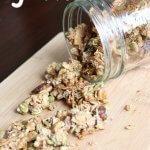 Homemade Crunchy Granola Recipe (Naturally Sweetened)