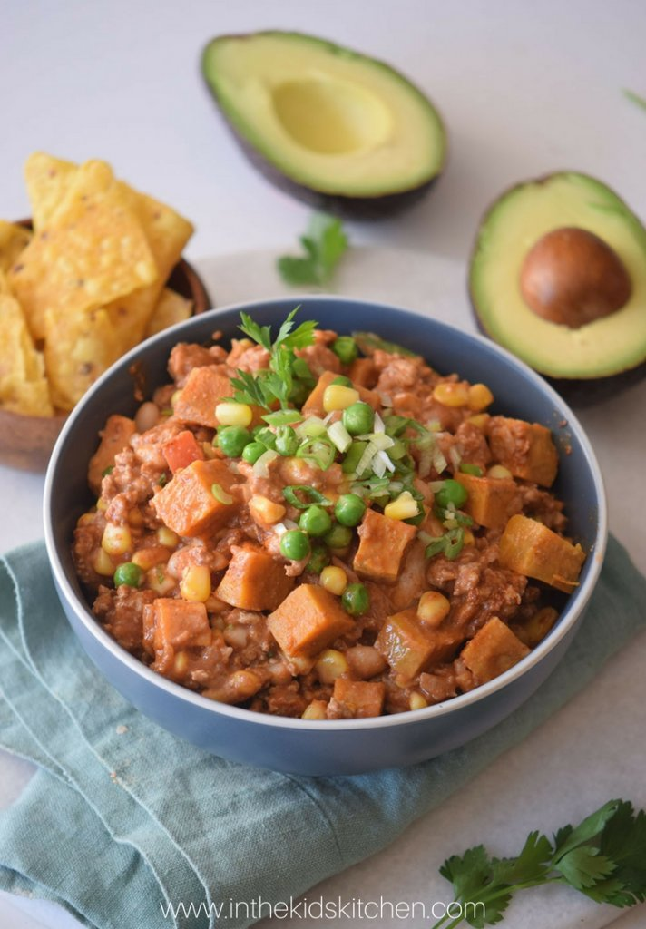 How to make healthy turkey chili with sweet potatoes