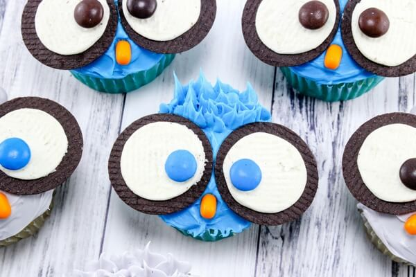 Cute & Easy Owl Cupcakes