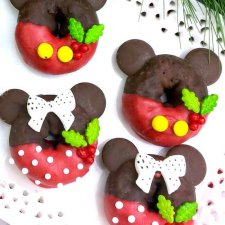 Mickey & Minnie Christmas Donuts