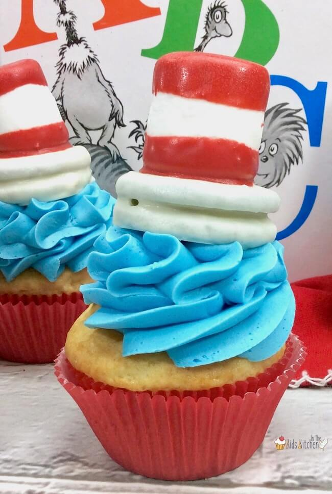 Inspired by the Dr. Seuss classic, these quirkyCat in the Hat Cupcakes are sure to be a hit with young readers! Perfect for school parties, birthdays, or celebrating Dr. Seuss Day!