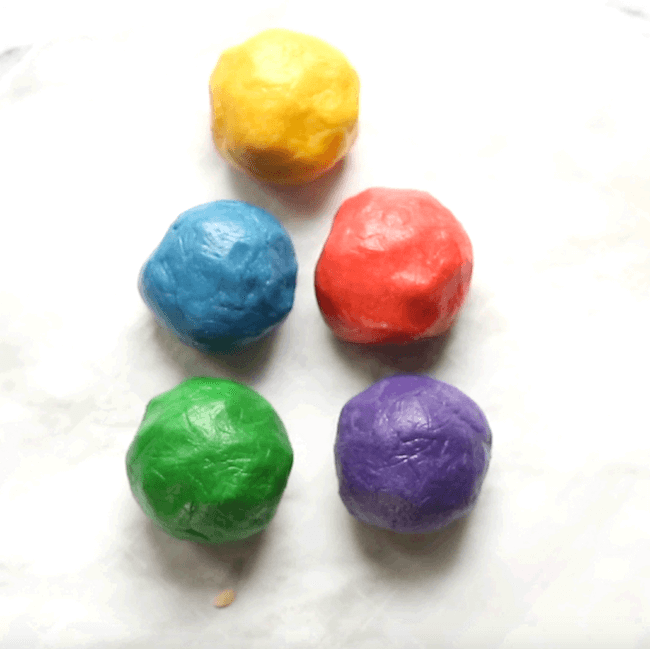 How to make rainbow cookie dough