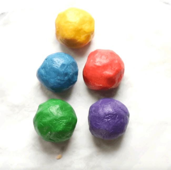 How to make rainbow cookie dough