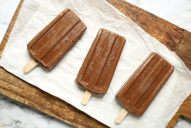 So rich and creamy and chocolate-y, these Avocado Fudgesicles are the too-good-to-be-true treat of the summer! Only 5 simple, natural ingredients needed.