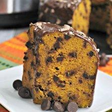 Instant Pot Pumpkin Chocolate Chip Cake