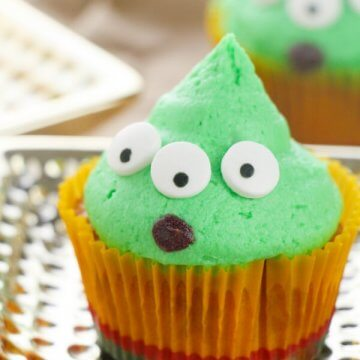 Toy Story Little Green Alien Cupcakes
